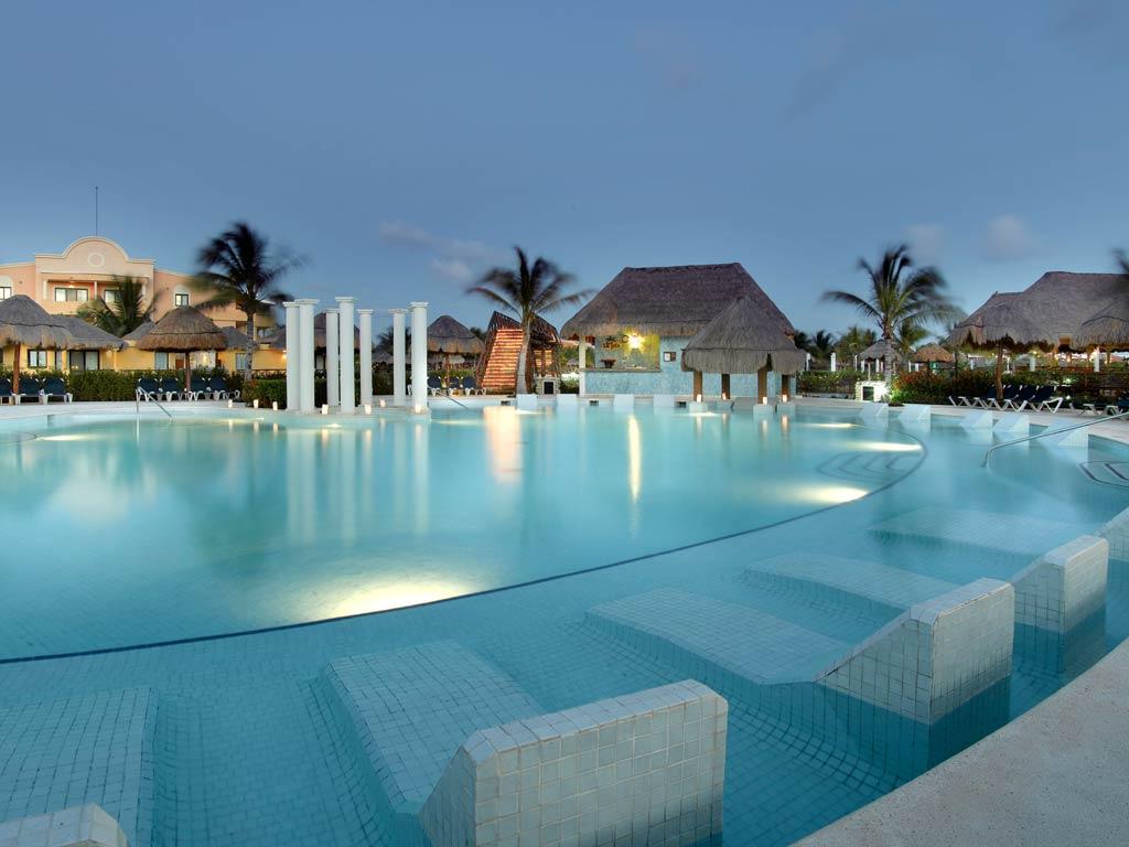 Grand Palladium Colonial Kantenah Resort Spa All Inclusive